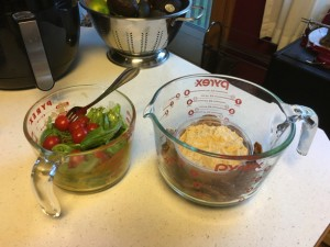 put your food in big Pyrex measuring cups with handles