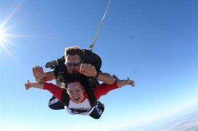 jessica-skydiving.jpg